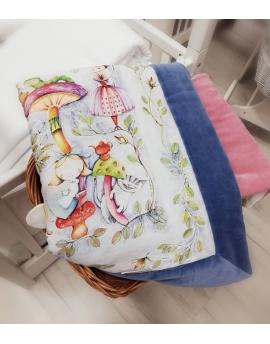 Kocyk Maluszka Zaczarowany Świat Alicji, 95x115 cm - oryginalne tło, welur bawełniany